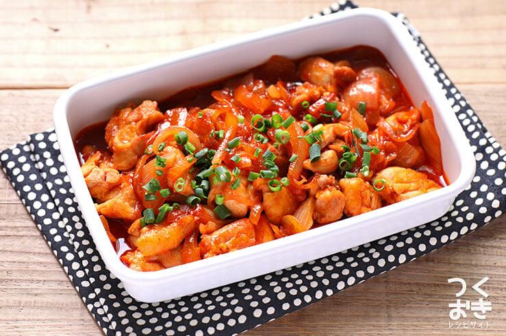 タッカルビの料理写真
