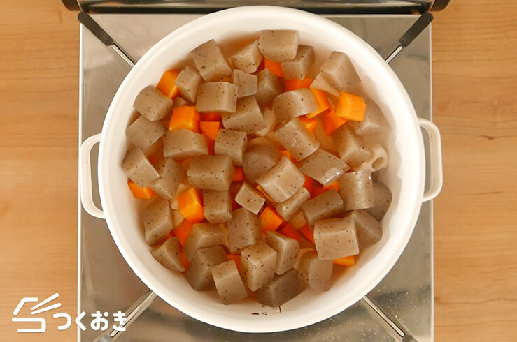 お豆と根菜の煮物の手順写真その4