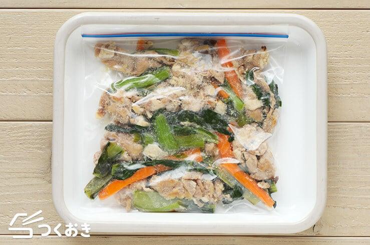 豚肉と小松菜のだし醤油炒めの冷凍写真