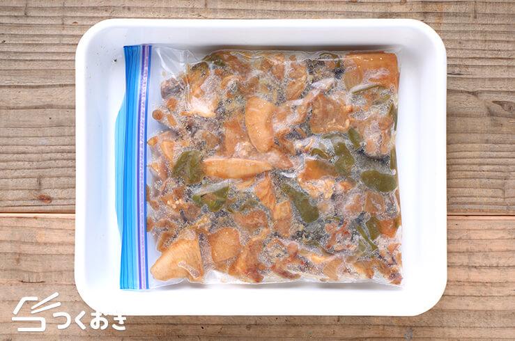 黒酢の酢豚の冷凍写真