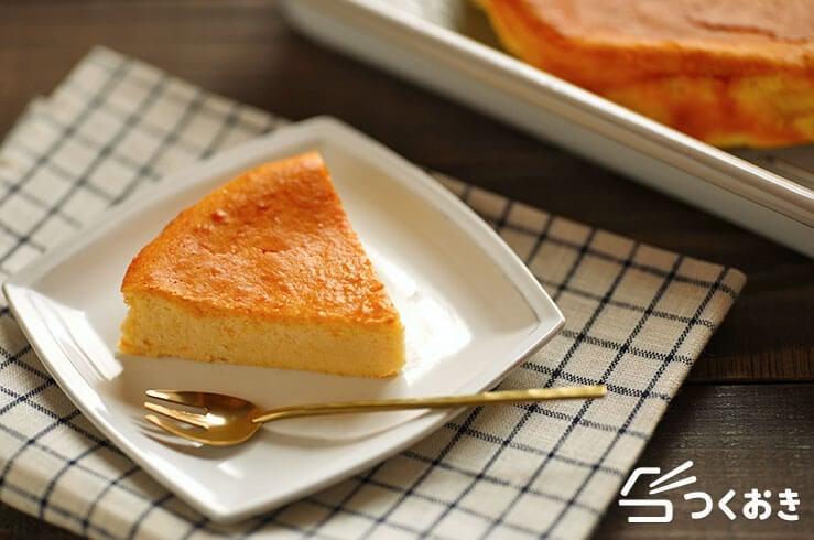 ホワイトチョコのチーズケーキの盛り付け写真