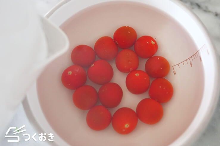 トマトのだし漬けの手順写真その2