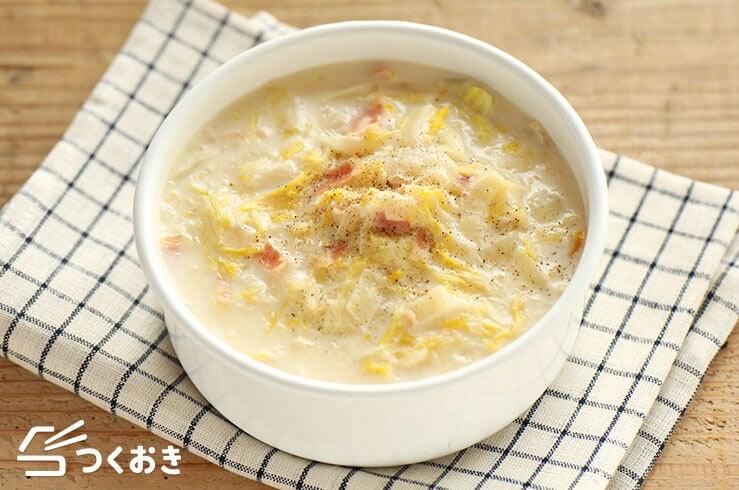 白菜とベーコンのミルク煮の料理写真
