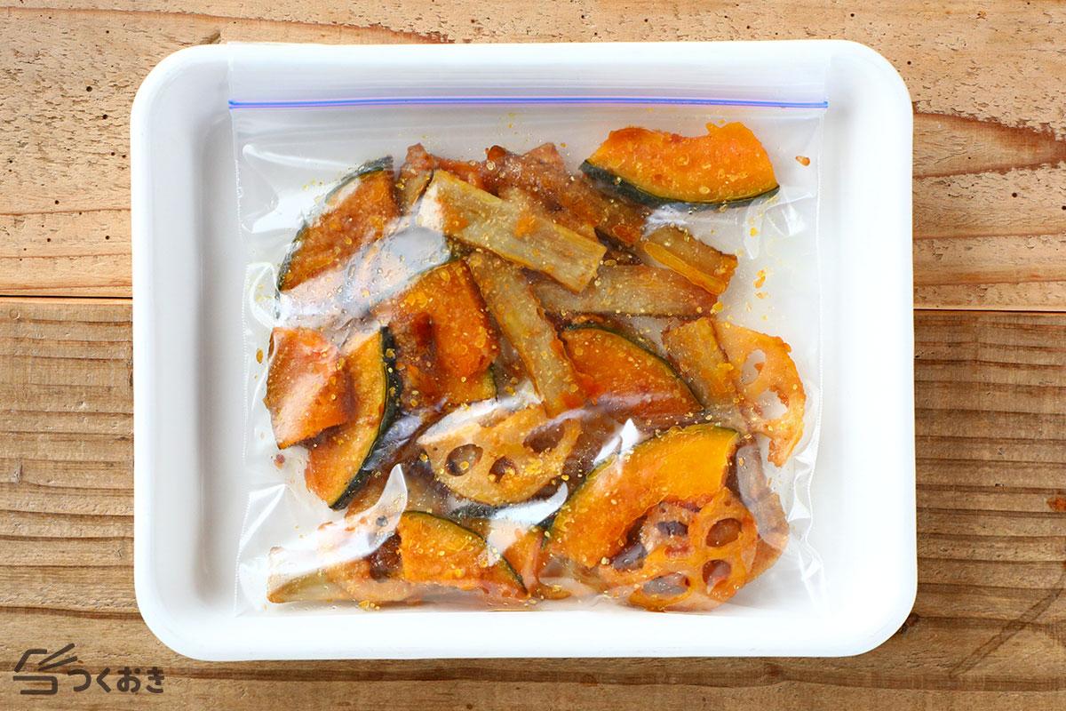 かぼちゃ・れんこん・ごぼうの甘酢ホットサラダの冷凍保存写真